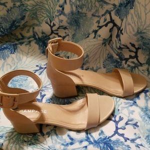 Ladies block heel shoes